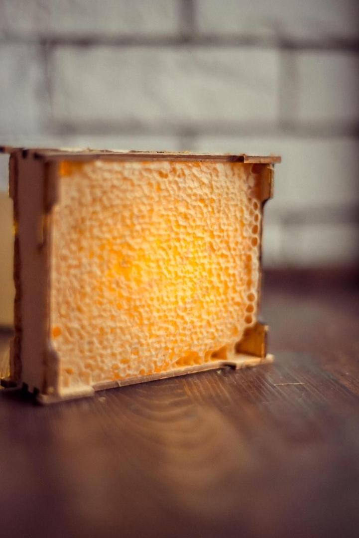 сотовый мед маленький